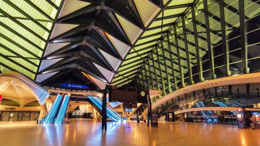 aeroport lyon Saint Exupery
